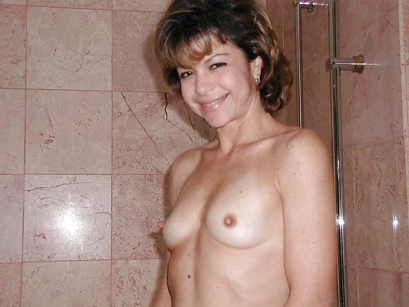 Have hit amateur striptease aus