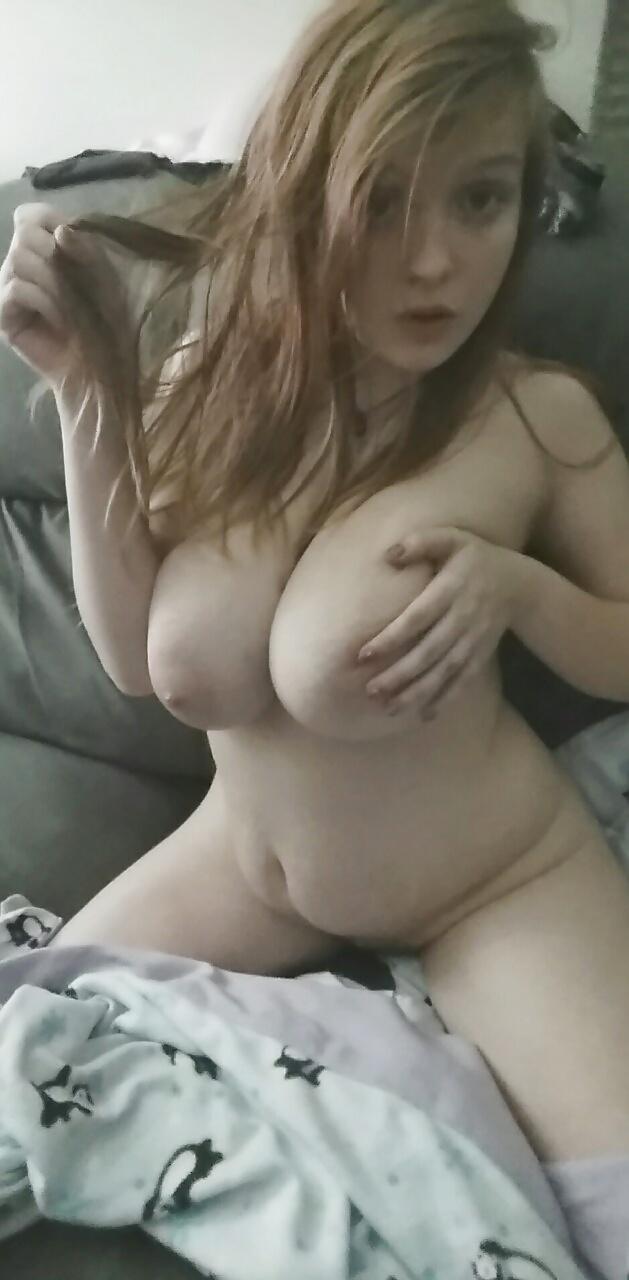 Große freie heiße sexy Titfrau