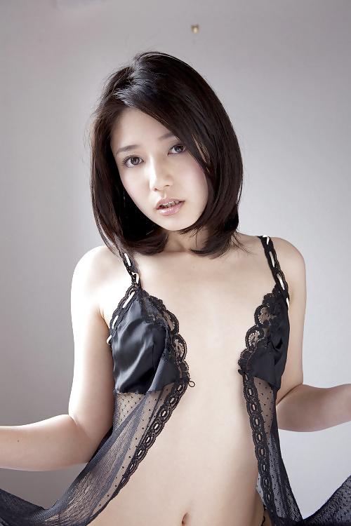 Japanische Schönheiten in kostenlose Nacktbildern mit kleine Brüsten - Bild 10