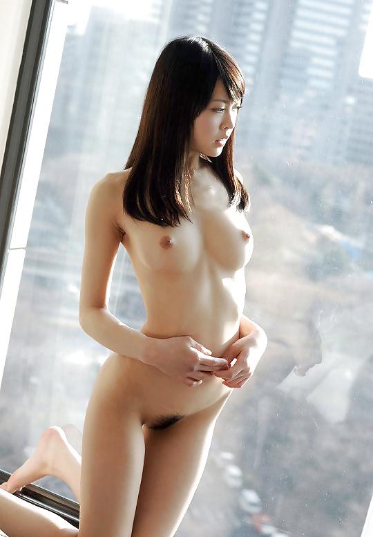 Diese Schönheiten haben nicht nur wohlgeformten Körper, erwünschten Arsch auch. - Bild 8