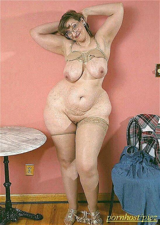 BBW sexpictures mit riesige schöne Brüsten - Bild 2