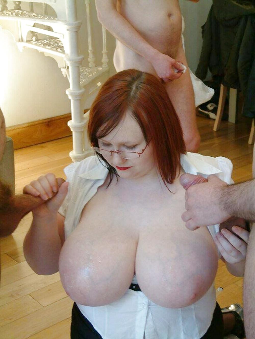 Reife Milf mit große Brüsten kostenlos - Bild 3