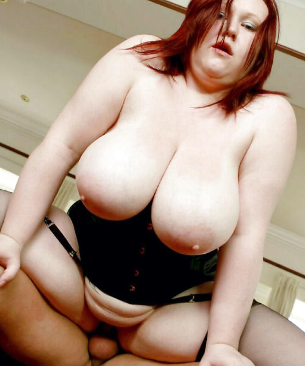 Reife Milf mit große Brüsten kostenlos - Bild 4
