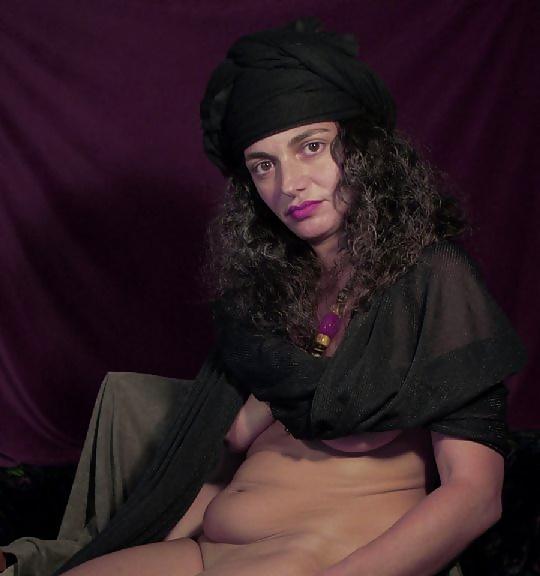 Sexy reife Modell aus Izrael in Sexbildern - Bild 3