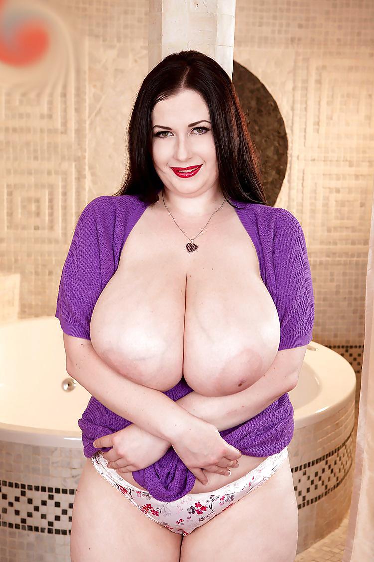 Sexy nackte Madchen mit molligen Körper - Bild 10