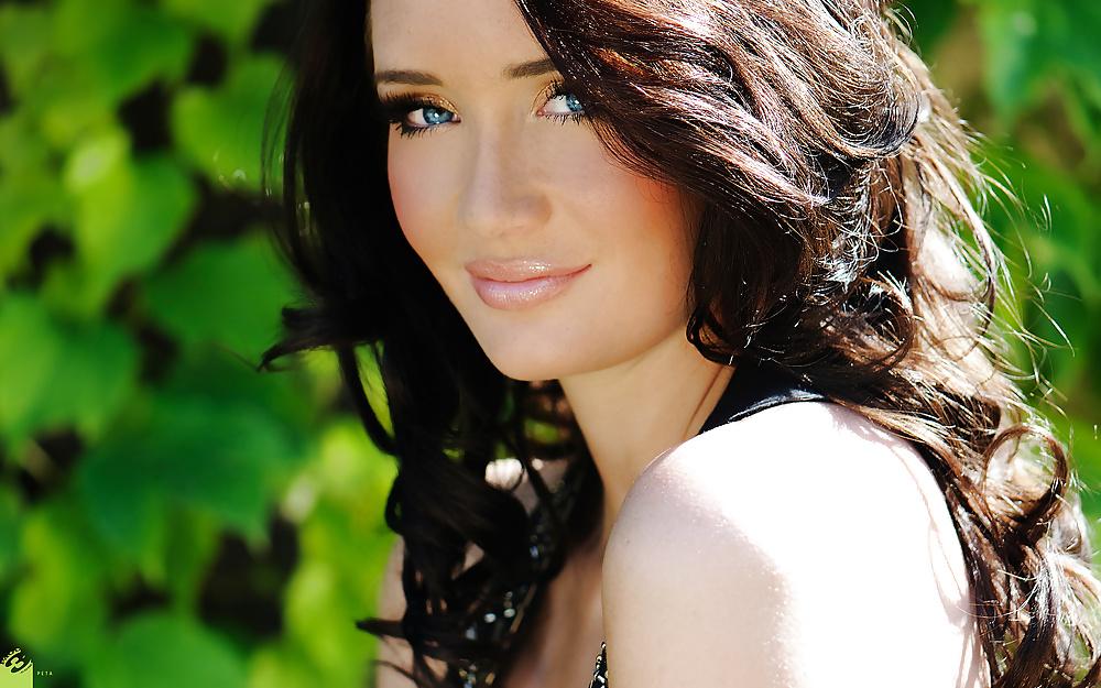 Eine schöne Britin hat einladender Blick - Bild 4