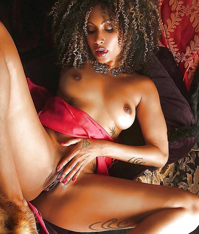Harte schwarze Sexbilder