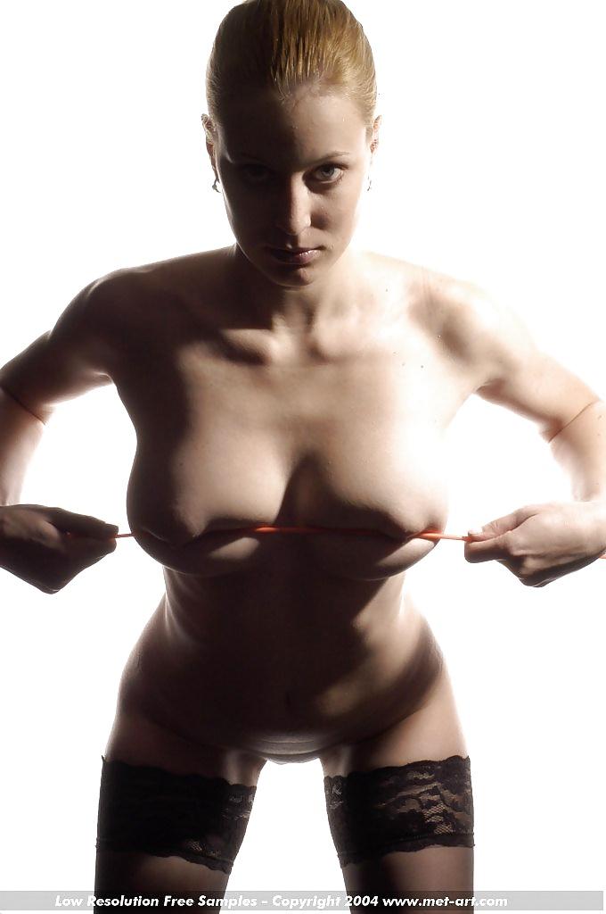 Nacktfotos von berühmten Hündin aus Schweiz - Bild 5