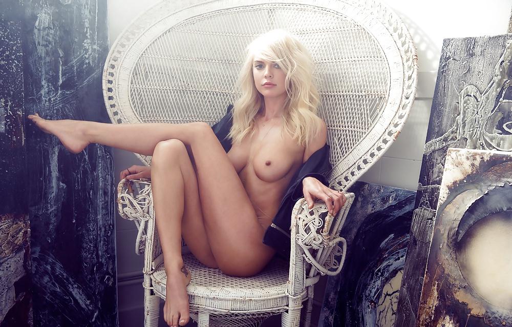Rachel Harris kümmert sich um ihren Körper. - Bild 2