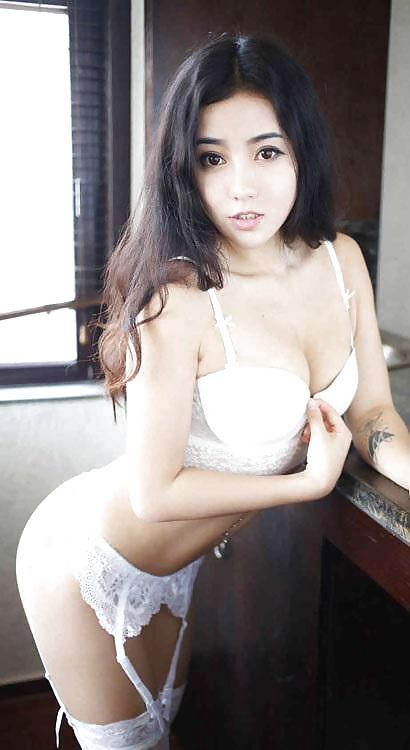 Sexfotos aus asiatische Teenager Mädchen - Bild 4