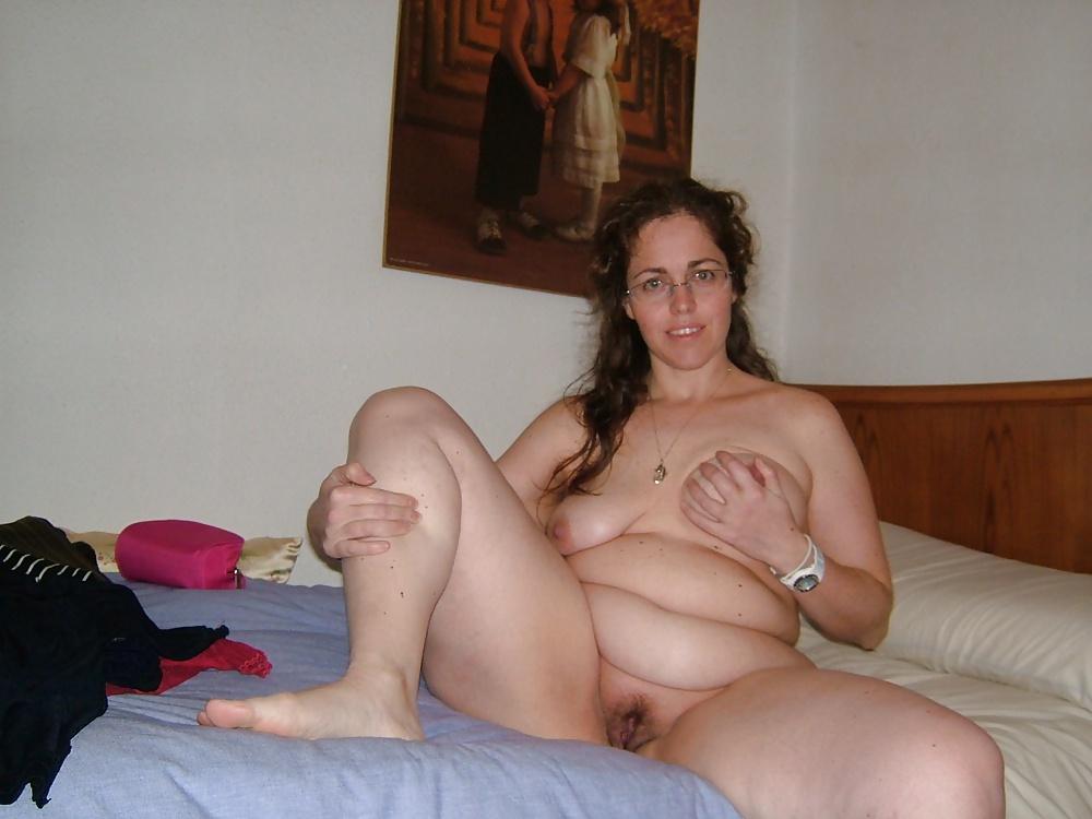 Bildern aus dis amateure Milf zwischen nackten - Bild 5