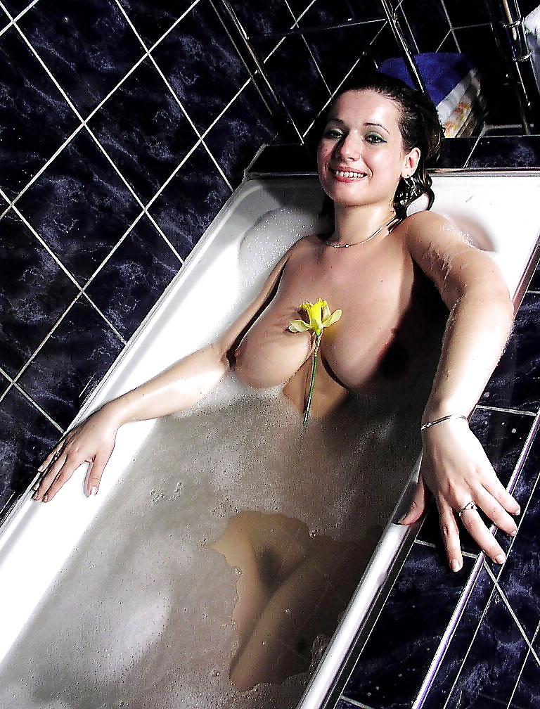 Aktbildern aus dem Badezimmer kostenlos - Bild 8