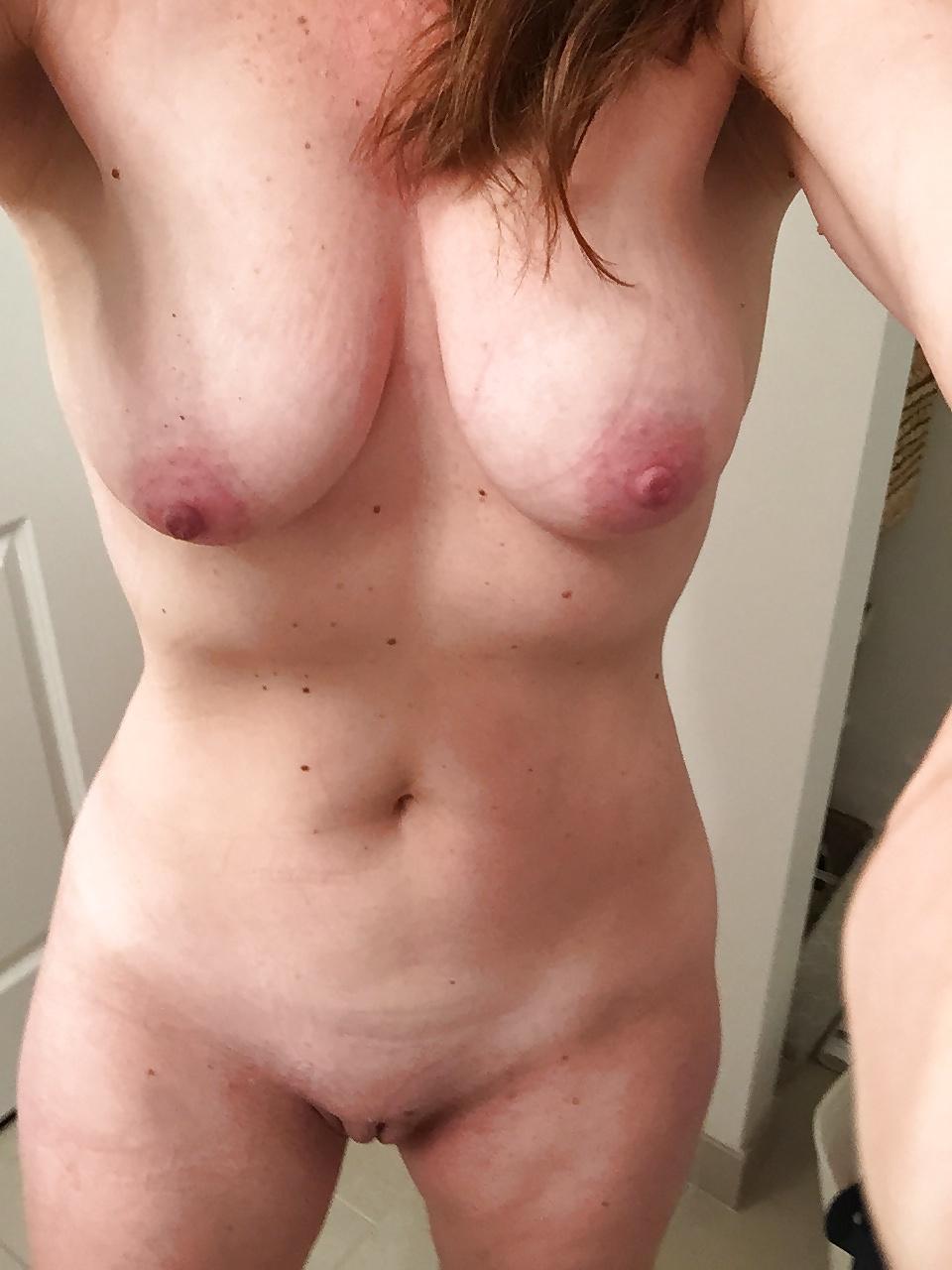 Amateure Frauen machten Nacktselfie - Bild 6
